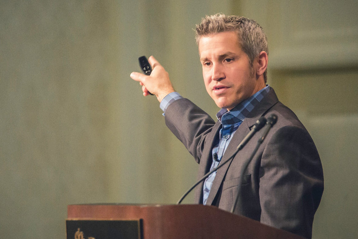 Jon Acuff speaking at ELS event in September 2017